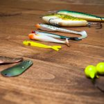 QUICK GUIDE TO CHOOSING THE RIGHT FISHING LURES