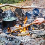 QUICK GUIDE TO COOKING ON A CAMPFIRE
