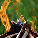 QUICK GUIDE TO EXTINGUISHING A CAMPFIRE