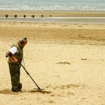 QUICK GUIDE TO METAL DETECTING