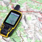 CHOOSING A NAVIGATION TOOL (GPS) FOR YOUR HIKING & BACKPACKING TRIPS