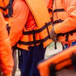 QUICK GUIDE: HOW TO CHOOSE THE RIGHT LIFE JACKET